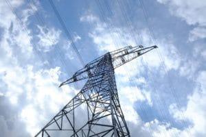 poteau et cable electrique, ciel